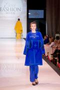 пальто в русском стиле с муфтой