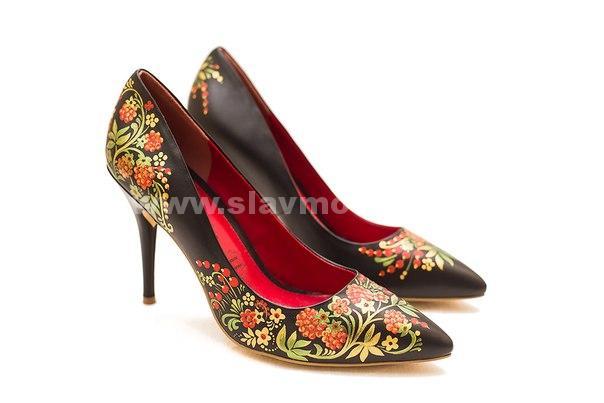 Туфли с росптсью в русском стиле