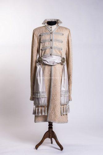 русский костюм мужской боярский кафтан