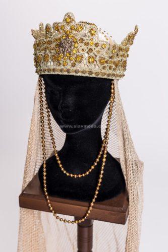Кокошник , вышивка камнями и стеклом по золотому шитью