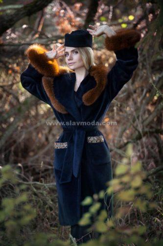 Женское пальто из альпака сури с натуральным мехом - песец