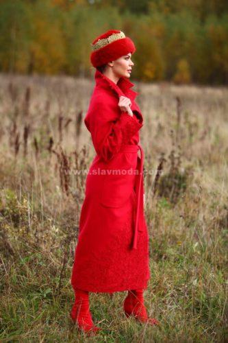 Женское пальто кашемировое с кружевом